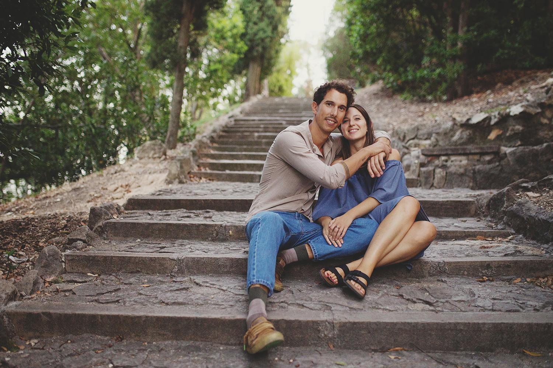 Arquà petrarca è la città perfetta per un servizio fotografico di coppia. è romantica, passeggiare tra le sue vie di ciotoli è un'esperienza, ascoltare la musica che risuona nelle logge crea un'atmosfera speciale.