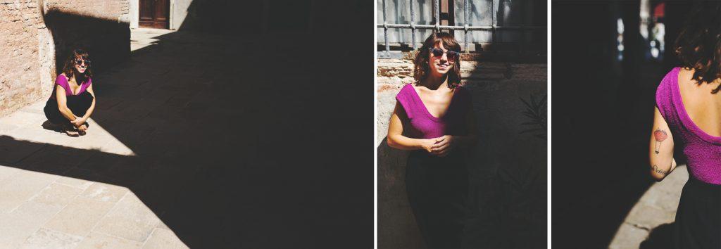 Una passeggiata fotografica a Venezia è il modo migliore per vivere la città costruita sull'acqua. Venezia con le sue calli, gli scorci meravigliosi e le opere d'arte è lo scenario perfetto per un engagement, un servizio fotografico romantico, una luna di miele ma non solo. Venezia è bellissima anche durante il carnevale, con le amiche, una laurea o con la propria famiglia.